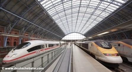 Поезд ICE на лондноском вокзале St. Pancras