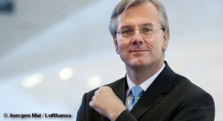 Шеф правления авиакомпании Lufthansa Кристоф Франц предостерегает от ограничений на ночные полеты в аэропорту Франкфурта-на-Майне.