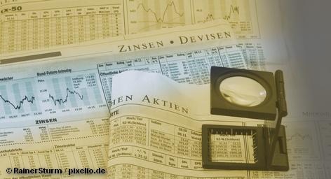 Федеральная резервная система (ФРС) США оставляет процентные ставки на рекордно низком уровне в диапазоне от 0% до 0,25% годовых на длительный срок. Экономисты это называют ультрамягкой монетарной политикой. Эта новость в четверг вызвала рост на немецких фондовых биржах. Dax вырос до наивысшего уровня, который во Франкфурте не видели с января 2008 года.