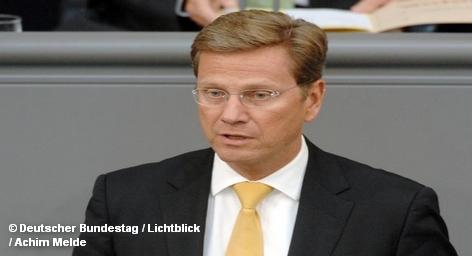 Министр иностранных дел Германии Гидо Вестервелле (Guido Westerwelle) крайне обеспокоен событиями, произошедшими ночью у берегов Газы и ждет подробного отчета об обстоятельствах инцидента. Об этом он заявил в телефонном разговоре с министром иностранных дел Израиля Авигдором Либерманом (Avigdor Liberman).