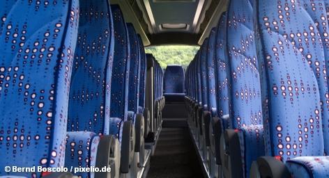 В будущем почти любую точку Германии можно будет достичь не только на поезде или автомобиле, но и на автобусе. Особенно сильную конкуренцию автобусные линии создадут для Немецких железных дорог. Крупные транспортные компании надеются на новый импульс на рынке, потому что автобусные перевозки значительно дешевле, чем аналогичная поездка на поезде. Против выступают местные власти и небольшие автобусные компании.