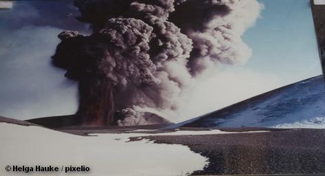 Облако вулканического пепла от продолжающего извержение исландского вулкана сегодня постепенно будет покидать небо Европы. Тем […]