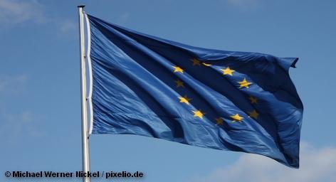 """""""Евросоюз не собирается отменять визы для россиян и не будет больше упрощать визовый режим"""", - сообщил посол Бельгии в Москве Ги Трувера. Более того, даже если Россия в одностороннем порядке отменит визы для жителей ЕС, ответного шага туристы из РФ не дождутся. Евросоюзу достаточно проблем с беженцами из Северной Африки, объятой войной и революциями, и террористов с Кавказа в Старом Свете видеть не хотят."""