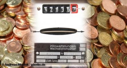 Один из крупнейших в Германии поставщиков электроэнергии и газа TelDaFax подал сегодня заявление о банкротстве. Это компания объединяет TelDaFax Holding AG, Energy GmbH и Service GmbH и ее клиентами в Германии являются 700 тысяч человек и предприятий. Это крупнейшее банкротство в истории немецкой энергетики. Тем не менее, клиенты  TelDaFax не останутся без электричества и газа.