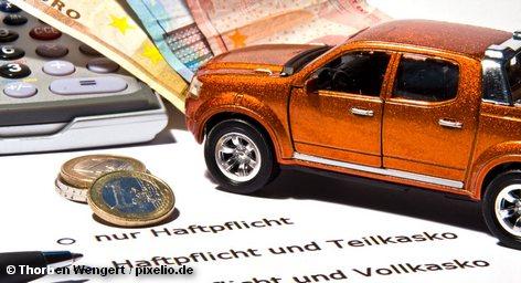 Современные гибридные технологии двигателей и электромобили – и то и другое представляет на этой неделе вслед за Франкфуртским автосалоном второе по величине событие в мире автомобилей Германии Motor Show в Эссене, в значительной степени развивая тему тюнинга в области электроники и экономии топлива. Особое внимание - бюджетным и малолитражным авто.