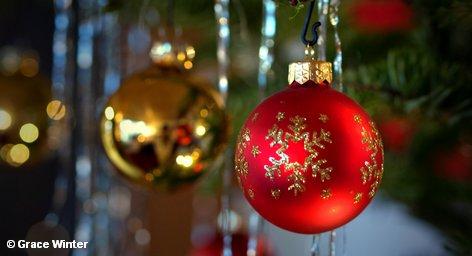 Итак, рождественская суета сегодня закончилась, все Европа наслаждается семейным уютом, а незавершенные покупки можно выполнить […]