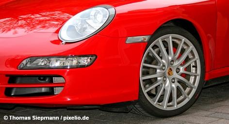 Со стоянки для готовой продукции на заводе Porsche в Лейпциге были украдены подушки безопасности из 110 автомобилей.