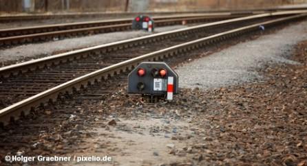 Не видно конца серии забастовок на частных железных дорогах Германии, организованных профсоюзом машинистов GDL. Линии, которые обслуживает компания ODEG, стоят со вчерашнего дня. На участках, проходящих по Берлину, ODEG призывает пассажиров пользоваться поездами главного  конкурента: концерна Deutsche Bahn, который принял условия GDL, поэтому его поезда ходят по расписанию.