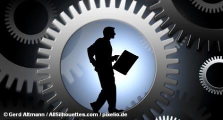 Эксперты сомневаются, что программа привлечения в Германию безработных из других стран сумеет изменить ситуацию на рынке труда ФРГ.