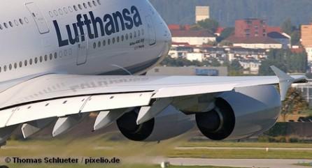 После того как Lufthansa определилась как и на чем она экономит у себя дома, там озаботились дальнемагистральными маршрутами.