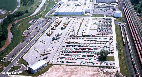 Доля продаж новых автомобилей Opel на европейском рынке в первые четыре месяца этого года упала до исторического минимума.