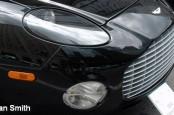 Немецкий автомобилестроитель Daimler намерен войти в бизнес британского производителя спортивных автомобилей Aston Martin.