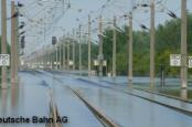 Последнее наводнение в Германии сильно повредило железнодорожные пути между Берлином и Ганновером.