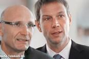 Генеральный директор Deutsche Telekom Рене Оберманн уходит в народ, а его пост займет финансовый директор компании.
