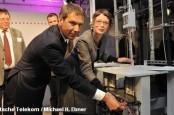 Нынешний генеральный директор Deutsche Telekom Рене Оберманн в будущем может войти в наблюдательный совет нового совместного предприятия.