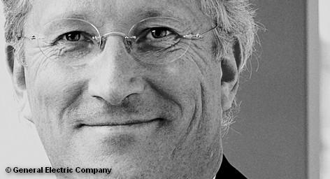 """Дочерняя компания концерна General Electric (GE) в Германии надеется в ближайшие годы утроить обороты. Для этого там намерены как инвестировать в свое собственное производство, так и покупать готовые предприятия. «Германия является очень интересной лабораторией энергетики"""", - полагает Штефан Раймельт, директор компании GE Energy в Германии. Эти планы GE направлены на конкурентов и, прежде всего против Siemens."""