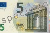 В еврозоне со 2 мая поступят в обращение новые банкноты номиналом 5 евро. На новых […]