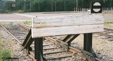 Дочернее предприятие немецкого железнодорожного концерна Deutsche-Bahn - DB International (DBI) не будет принимать участие в строительстве скоростной железнодорожной линии Тель-Авив-Иерусалим. Планируется, что не позднее 2017 года эти два крупнейших города Израиля будут соединены железнодорожным сообщением, и время в пути составит около получаса.