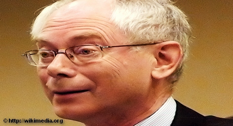 Председатель Европейского совета Херман ван Ромпей поздравил европейцев с наступающими Рождеством и Новым годом, прочитав […]