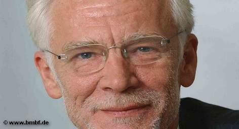 Сегодня в берлинских школах начинается новый учебный год. Сенатор по делам школы и образования немецкой […]