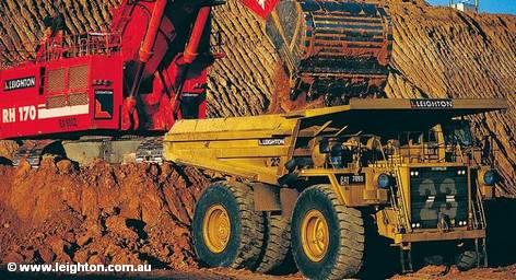 Котировки акций Hochtief, крупнейшей в ФРГ строительной компании, опустились на 5,3% после того, как ее руководство заявило, что пересмотрело финансовые результаты деятельности ее австралийского подразделения Leighton Holdings Ltd. По мнению руководства компании, это будет иметь значительный негативный эффект на показатели Hochtief в 2011 году.