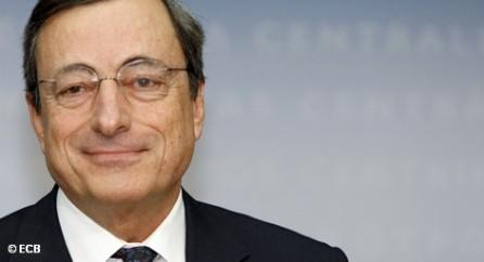 Почему это так, председатель Европейского Центробанка Марио Драги пообещал рассказать в ближайшие недели.