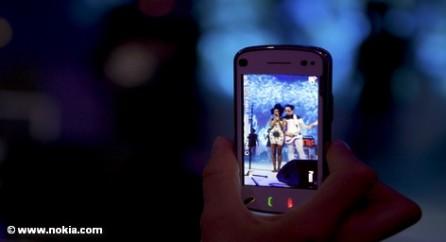 Корпорация Microsoft купит бизнес финской компании Nokia по производству мобильных телефонов.
