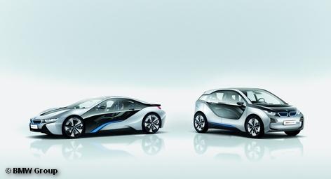 BMW Group представила во Франкфурте два инновационных, экологически чистых автомобиля – концепт-кары BMW i3 и BMW i8. Эти модели являются прообразами серийных автомобилей, которые будут выпускаться под суббрендом BMW i. Выход BMW i3 на рынок запланирован на 2013 год, а BMW i8 – на 2014 год.