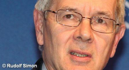 Генеральный директор Peugeot-Citroen (PSA) Филипп Варен.