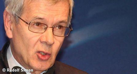 Генеральный директор Peugeot-Citroën Филипп Варен