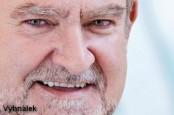 """Шеф австрийского кредитного института Raiffeisen Bank International (RBI) Герберт Штепик оказался втянутым в """"Оффшорликс""""."""