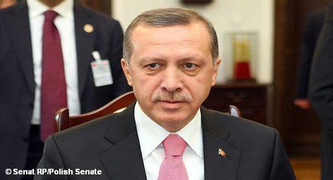 Глава турецкого правительства Тайип Эрдоган призвал в среду Европейский союз определиться в вопросе вступления Турции […]