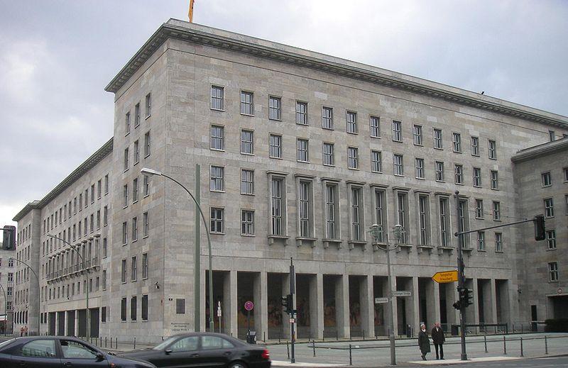 По информации, поступающей из министерства финансов Германии, если в Греции произойдет дефолт и Афинам потребуется […]