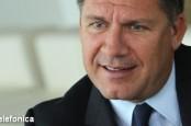 Генеральный директор О2 Рене Шустер полагает, что сумеет выиграть доли рынка без объединения или сотрудничества с его конкурентом E-Plus.