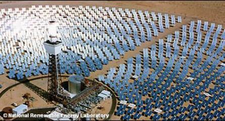 Имея 360 солнечных дней в году, даже для богатых нефтью стран Персидского залива дешевле получать электроэнергию из солнечных батарей. Хотя, например, в Абу-Даби, запасов нефти хватит еще минимум на сто лет, эмират намерен инвестировать в энергию солнца. И Абу-Даби в этом не одинок: другие страны Персидского залива на радость немецких производителей солнечных батарей также объявили о крупных проектах в этой области.