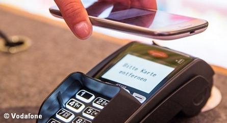 Бесконтактная оплата при помощи смартфона