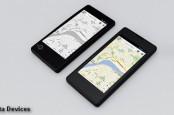 Начались продажи первого российского смартфона YotaPhone. В Европе он возможно появится в начале следующего года.