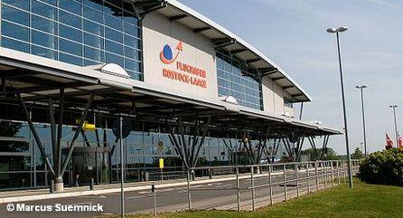 Терминал аэропорта Росток / Лаге