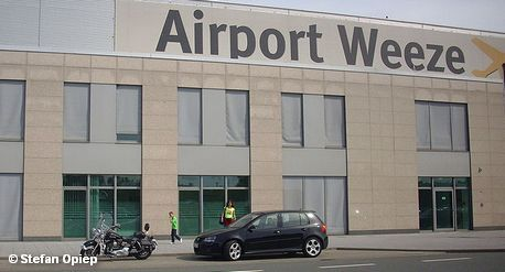 Терминал аэропорта Веце