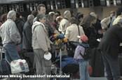 Службы безопасности немецких аэропортов вновь бастуют: Дюссельдорф садится в Веце и Дортмунде, а Гамбург в Бремене или Любеке.