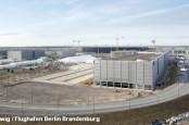 В связи с очередной задержкой открытия нового аэропорта Берлина и Бранденбурга весь мир насмехается над немецкими политиками и менеджерами.