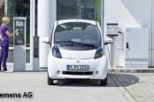 В технологическом концерне Siemens сокращают производство станций зарядки для электромобилей.