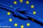 В Брюсселе профсоюзные активисты протестуют против заключения договора о зоне свободной торговли между ЕС США.