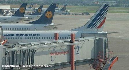 Самолеты в аэропорту Гамбурга