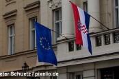 Хорватия в ночь на понедельник стала 28-м членом Европейского союза. Многие хорваты опасаются, что европейской страсти к экономии.