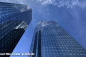 Нынешний содиректор Deutsche Bank Юрген Фичен  ранее подписывал спорную налоговую декларацию.