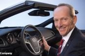 На Женевском автосалоне новый генеральный директор Opel Карл-Томас Нойманн не показывает виду, что не всё так гладко в датском королевстве.