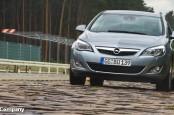 Opel может частично перенести производство хэтчбека Astra с завода в Руссельхайме на мощности польского предприятия в Гливице.