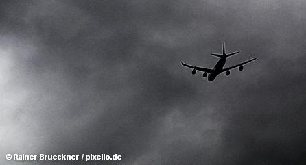 Авиакомпания Lufthansa проводит сокращения и готовится выпустить в небо нового орла гражданской авиации.