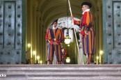 Банку Ватикана угрожает очередной крупный скандал, в который может быть втянут и крупнейший финансовый институт Германии Deutsche Bank.